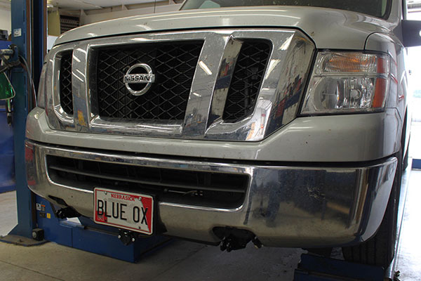 2WD Blue Ox BX1807 Base Plate for Nissan Pickup