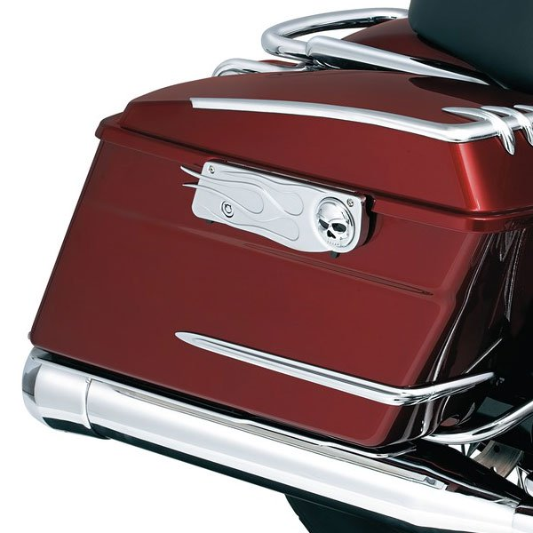 Kuryakyn Saddlebag Latch Accent  Flamed with Emblems